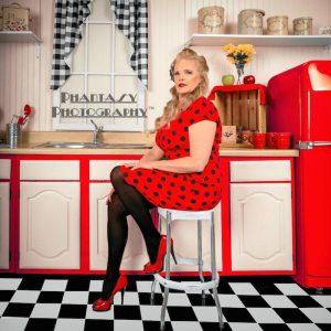 Phantasy Photography Pin-up photo shoot in retro kitchen © Phantasy Photography™ | All Rights Reserved